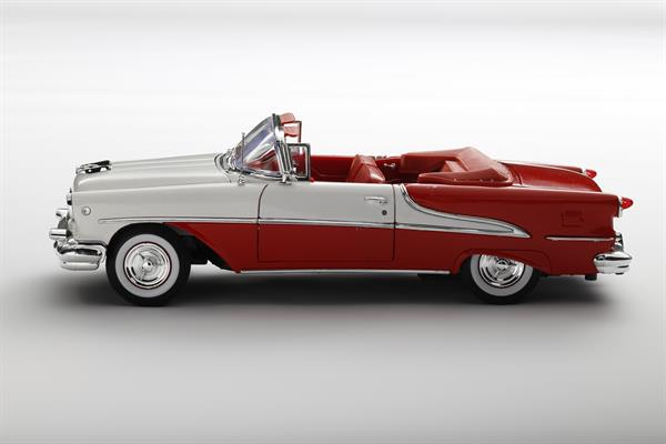 Welly_1955_Oldsmobile_Super_88_rotweiss_118_2.jpg