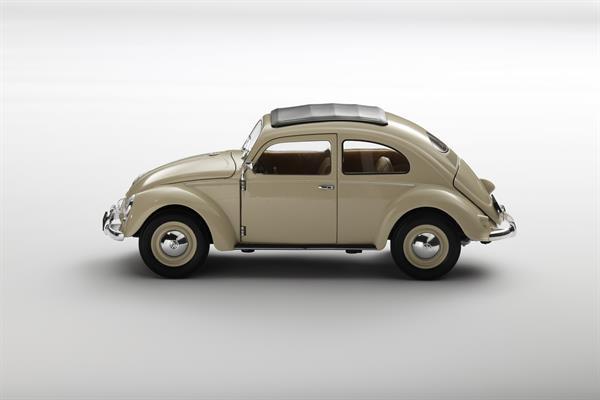 Welly_Volkswagen_Classic_Beetle_beige_118_2.jpg
