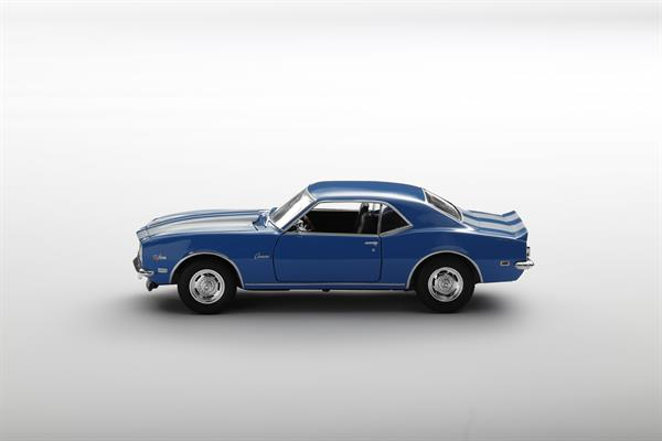 Welly_1968_Chevrolet_Camaro_Z28_blau_124_2.jpg